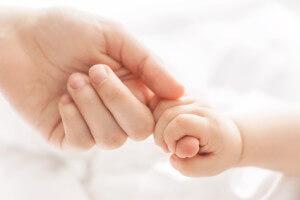 Hände - Mutter und Baby